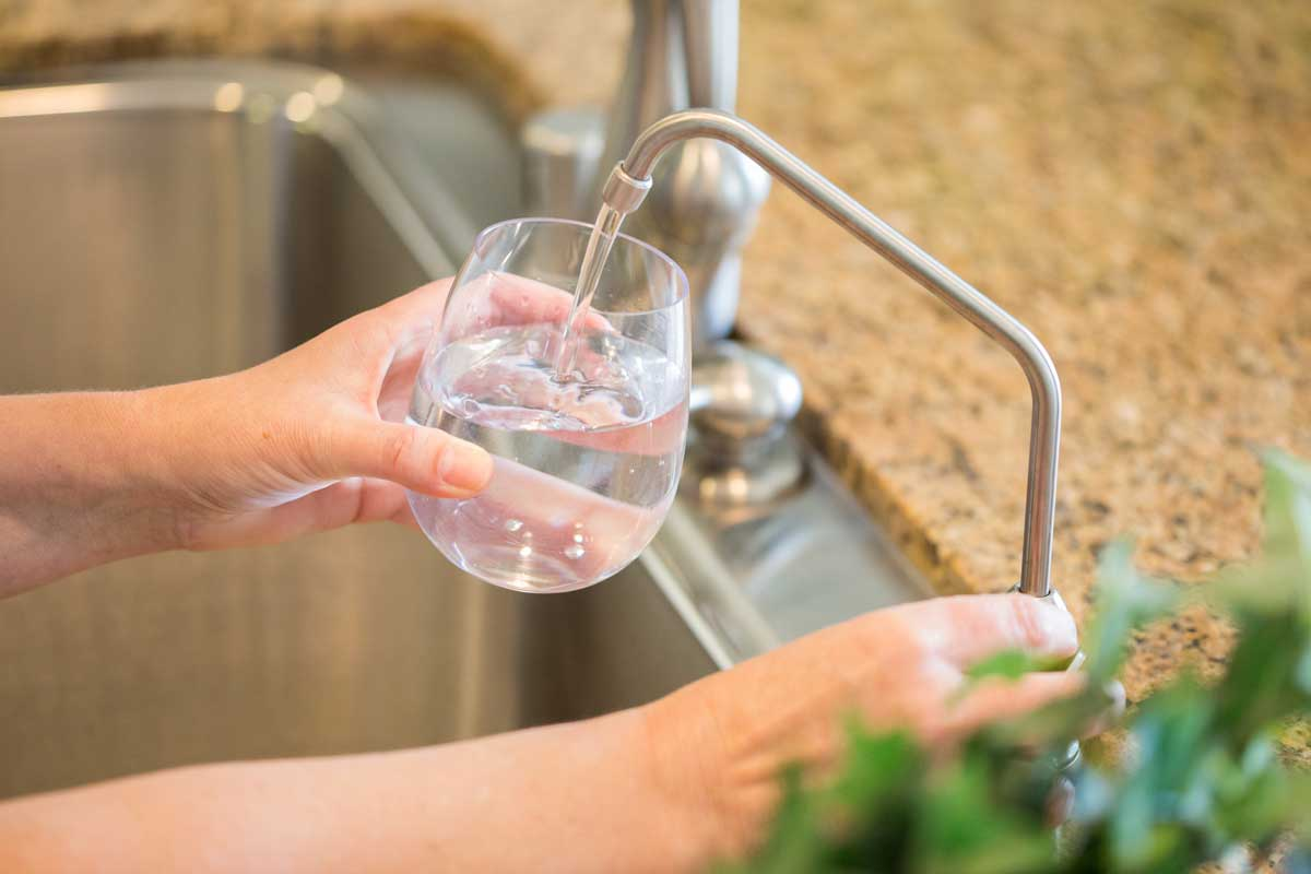 difference between reverse osmosis and water softener